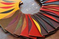 カラフルに彩る紅葉のような… カード入れ達